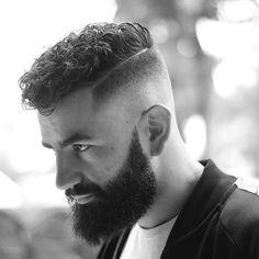 "189 aprecieri, 6 comentarii - Mens Hair - Modern Barbering (@rafa_underground) pe Instagram: ""Stay focused ✨ @giorgos_tzms #fadegame #customcut #barberrespect #newstyle #barbershopconnect…"""