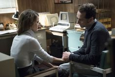 'The Americans' Season 3 Trailers with Keri Russell, Matthew Rhys The Americans Tv Show, Tv Writing, Matthews Rhys, Current Tv, American Series, Best Dramas, Season Premiere, Tv Reviews, Paradox
