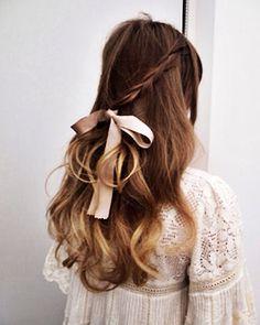 結ぶだけ♡10秒で完成しちゃう、リボンがかわいいヘアアレンジ! | GIRLY