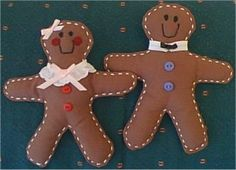 Gingerbread Doll Pattern - Gingerbread Man Doll Pattern to Sew Gingerbread Ornaments, Felt Christmas Ornaments, Gingerbread Man, Christmas Crafts, Christmas Decorations, Felt Ornaments Patterns, Merry Christmas And Happy New Year, Vintage Crafts, Shrek