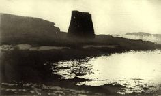 Royal Academician Norman Ackroyd is famous for his atmospheric monochrome etchings of the British landscape. Contemporary Landscape, Abstract Landscape, Norman Ackroyd, Gravure, Light In The Dark, New Art, Printmaking, Illustration Art, Images