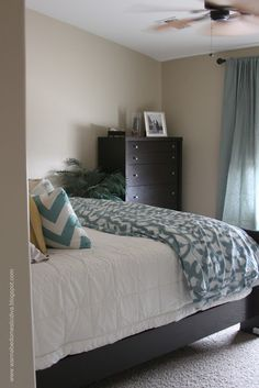 Diary of a {Wannabe} Domestic Diva: Master Bedroom Makeover