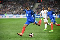 Foot - Bleus - Kylian Mbappé : «C'est encourageant mais...»                                                                                                                                                        http://www.lequipe.fr/Football/Actualites/Kylian-mbappe-c-est-encourageant-mais/789032#xtor=RSS-1