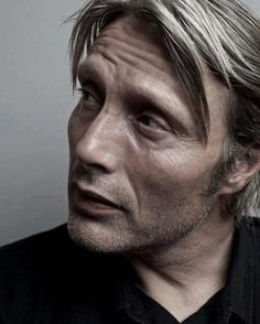 """203 curtidas, 7 comentários - Fannibal ❤ (@show.me.your.darkness) no Instagram: """"Every time life starts to go well, something bad happens.. #hannibal #madsmikkelsen #hanniballecter…"""""""