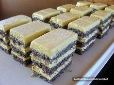 Slikovni rezultat za beze torta krema od žumanjaka s maslacem Slovak Recipes, Czech Recipes, My Recipes, Sweet Recipes, Cake Recipes, Dessert Recipes, Cooking Recipes, Oreo Cupcakes, Cupcake Cakes