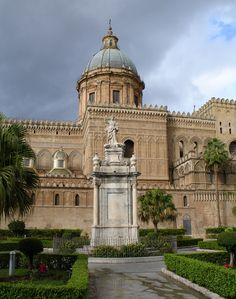 Duomo in Palermo, Sicily - Travel Photos by Galen R Frysinger, Sheboygan, Wisconsin