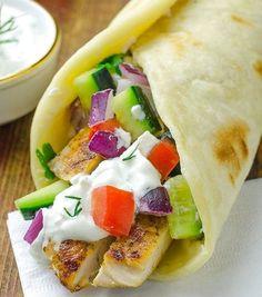 Greek Chicken Gyros with Tzatziki Sauce and Pita Flatbread – HealthShoot