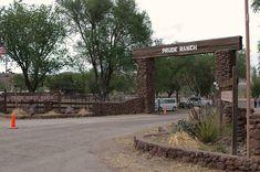 ranch entrance - Buscar con Google