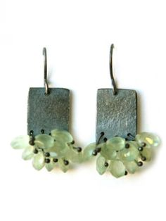 Sphene earrings with oxidized silver by Karen Gilbert. I have these exact same prehnite stones! Diy Jewelry Gifts, Funky Jewelry, Metal Jewelry, Boho Jewelry, Jewelry Crafts, Jewelry Art, Silver Jewelry, Handmade Jewelry, Jewelry Design