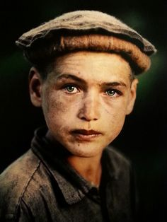 His  eyes! By Steve McCurry (from exhibit in Pordenone Italy)