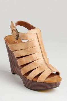 Summer wedge-so cute! If only I were a foot shorter!