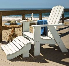 It's the all-American outdoor chair, seen on boat docks and front porches from coast to coast