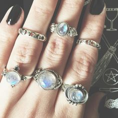 Never too much Moonstone Shop our sterling silver & Rainbow Moonstone rings now at www.emptycasket.co.uk✨ #emptycasket #sterlingsilver #rings #midirings #moonstone #rainbowmoonstone #witchy #bobo #moon #stars #jewellery #jewelry