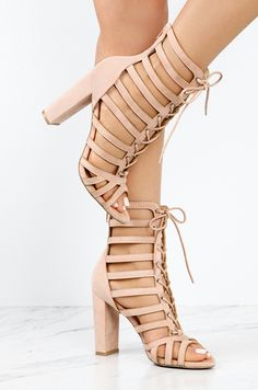 Hot Exclusive - Blush