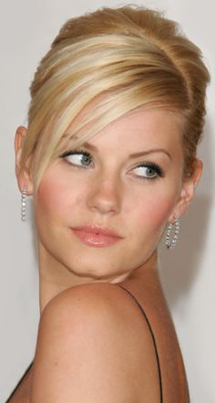 Elisha Cuthbert - everything