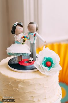 {Wedding} Rockabilly 50s wedding in Islington peg doll cake topper by TBL www.thingsbylaura.co.uk