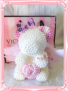 Flower Box Gift, Rose Crafts, Diy Crafts For Adults, Diy Gift Baskets, Foam Roses, Flower Letters, Luxury Flowers, Rose Gift, Pink Gifts