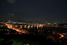 Night view from Haneul Park    Haneul Park is one of the most popular place to see night view of Seoul and Han river.     How to get there:   Subway -  World Cup Stadium Stn. (Line 6, Exit 1) 25 minutes' walk    Bus - Blue 271, 670