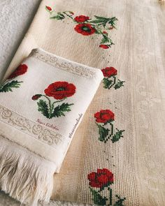 Hardanger Embroidery, Cross Stitch Embroidery, Cross Stitch Patterns, Bargello, Home Textile, Poppies, Diy And Crafts, Textiles, Crochet