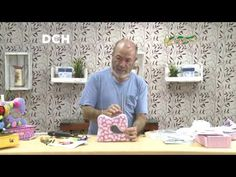 Maquina de coser costurero The Carpenters, Daily Life Hacks, Sew On Patches, Doll Furniture, Thrifting, Quilts, Sewing, Frame, Crafts