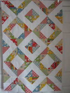 Recess Baby Quilt by Euphoria (charm pack) Charm Square Quilt, Half Square Triangle Quilts, Charm Pack Quilts, Charm Quilt, Scrappy Quilts, Easy Quilts, Quilting Projects, Quilting Designs, Quilt Design