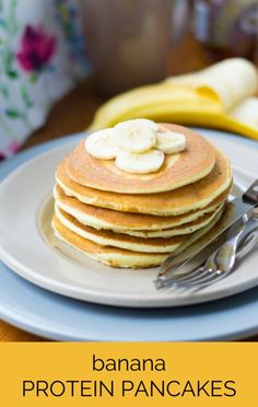 Dr Oz revealed the recipe that took home second place in his high protein pancake contest: Banana Cinnamon Protein Pancakes! High Protein Low Carb, High Protein Recipes, Protein Snacks, Low Carb Recipes, Breakfast Recipes, Snack Recipes, Cooking Recipes, Breakfast Ideas, Banana Protein Pancakes