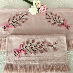 Gönüllerinde Allah olanlar; Güzel sever.. . . . #kanevice #kanevicehavlu #kaneviçeseverler #nakış #etamin #çarpıişi #işleme #elemeği… Diy Projects For Teens, Diy For Teens, Crafts For Teens, Embroidery Applique, Embroidery Stitches, Embroidery Patterns, Decorative Towels, Bargello, Craft Work