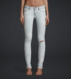 Super super super skinny jeans You can get these from Hollister or american eagle Nike Outfits, Fall Outfits, Summer Outfits, Teen Fashion, Fashion Outfits, Abercrombie Girls, Hollister Jeans, American Eagle Jeans, Jeans Pants