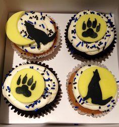 Wolf cupcakes! Great HOWL! #HowlforWolves #CupcakesforConservation #EndangeredWolfCenter