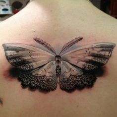 Amazing butterfly tattoo on the back tattoo tattoos ink Butterfly Back Tattoo, Butterfly Tattoo Designs, Butterfly Drawing, Butterfly Watercolor, Vintage Butterfly, Butterfly Kisses, Monarch Butterfly, Amazing 3d Tattoos, Beautiful Tattoos