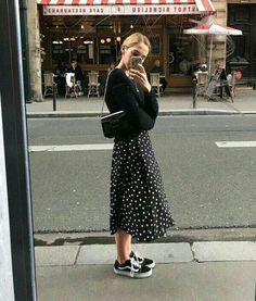 Summer Street Style Looks to Copy Now , , Street style fashion / Fashion week Street Style Summer Street Style Looks to Copy Now. Fashion Week, Look Fashion, Autumn Fashion, Fashion Trends, Trendy Fashion, Fashion Ideas, Travel Fashion, Fashion Black, Fashion 2018