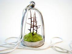 Mini terrarium necklace, so cute!