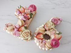 #cijfercake #16 Number Cakes, Floral Wreath, Hot Girls, Floral Garland, Flower Crowns, Wreaths