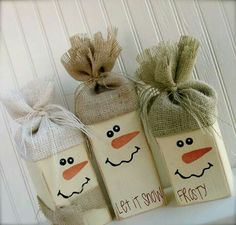 4 x 4 snowmen with burlap caps