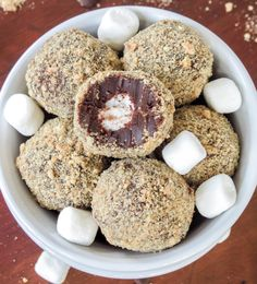 S'mores truffle balls mmmmmmm anything s'mores has my name all over it. I made these this weekend...soo good!