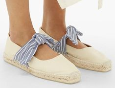 9 Stylish Ethical Sandals and Shoes for Summer - Terumah Ethical Shoes, Pink Mules, Barbie Shoes, Neutral Outfit, French Brands, Summer Shoes, Pebbled Leather, Leather Sandals, Espadrilles