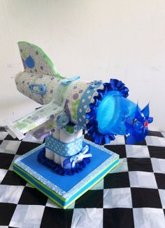 Diaper cake boy or girl diaper cake Unique baby by Christianscraft Airplane Diaper Cakes, Diaper Cake Boy, Cake Baby, Nappy Cakes, Baby Shower Crafts, Shower Gifts, Baby Shower Centerpieces, Baby Shower Decorations, Vintage Airplane Theme