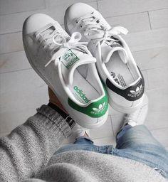 348 melhores imagens de Sneakers em 2019  1cca406843d45