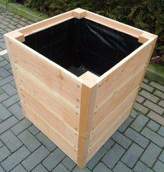 Wood Pallet Planters, Diy Wood Planter Box, Planter Box Plans, Garden Planter Boxes, Wood Pallets, Diy Outdoor Table, Outdoor Planters, Diy Planters, Outdoor Furniture