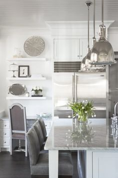 Open shelving above desk: gray/white kitchen. #laylagrayce #kitchen
