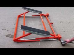 Car vehicle tilting lift ramp RING movement - YouTube