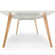 Table carrée BEVEL