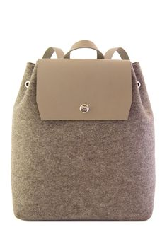 Grey felt BACKPACK - felt and leather - made in Italy #woolfelt #designerbag