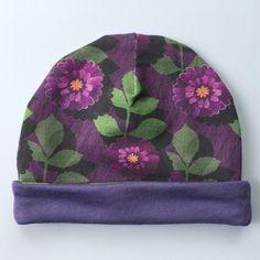 SUMMER SALE   0-3 months   painted daisy   purple   cotton baby beanie