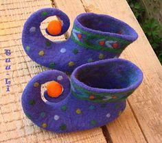 Gallery.ru / Фото #104 - FOOTWEAR IV - renew  More fun elf slippers
