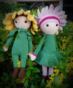 Crochet flower dolls