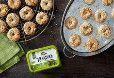 Συνταγές για Κουλούρια - Μπισκότα - Παξιμάδια   Argiro.gr Food Categories, Cereal, Muffin, Cookies, Breakfast, Desserts, Recipes, Crack Crackers, Morning Coffee