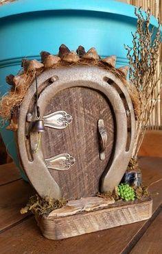 Horseshoe Fairy Door by Kelleyco on Etsy