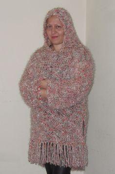 Design by Veronica JCorrea Linda túnica tejida a dos agujas con lana turca, me encanta porque aunque se vea suelta, es bien calientita, este es el regalo que me di por Navidad... De mi para mi con todo mi YO 🙂 Ecuador, High Neck Dress, Dresses, Fashion, Bohemian, Gift, Xmas, Turtleneck Dress, Vestidos