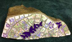 Mosaic Rocks, Mosaic Art, Mosaics, Im In Love, Butterflies, Craft Ideas, China, Dishes, Crafts
